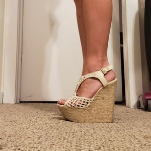 Crochet peep toe wedge